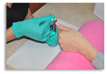 Przedłużanie paznokci metodą żelową